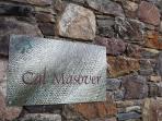 Cartel de bienvenida a Cal Masover