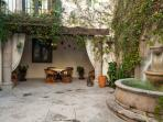 Courtyard view to outdoor sala