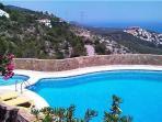 Grande piscina privata Profondità della piscina: 1,5 m per 2,7 m