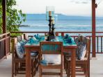 Outdoor dining setting