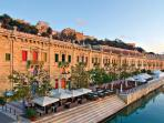 Valletta Waterfront with sophisticated Bars, Restaurants and Cafes