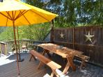 Picnic table for 8 to lunch / dinne under the stars