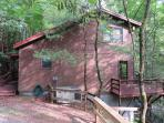 Pigeon River Hideaway from the driveway