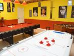 Luxury 'Disney Magic' vacation home - Private professional game-room