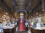 Lello Library at 500 meters