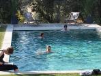 Les Terrasses - Gordes : Heated pool