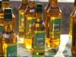 Les Terrasses - Gordes : market - olive oil
