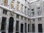 Particolare della facciata di Palazzo Giustiniani