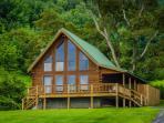Hillside Cabin at GoldenAnchorCabins