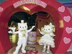 Hello Kitty Town 15 mins