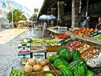 Market in Kotor, 2km