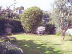 Gentle terrace gardens