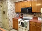 Fully furnished kitchen!