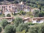 VILLA avec terrain arbore ( des oliviers)