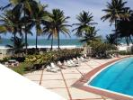direct access to pool & beach
