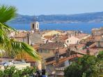 Sainte-Maxime avec Saint-Tropez en face