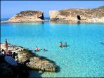 Ferries to Comino Blue Lagoon only 10 min walk from the apartment