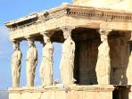 karyatides in Akropolis