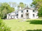 Balure Country House - 5 acres of grounds & sea views