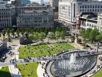 5 mins walk to Piccadilly Gardens
