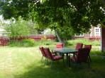 Relax in the shady large back yard, great for entertaining!