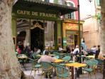 Café de France.