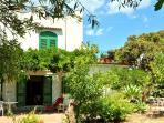 la villa Gardenhouse nel cui pianterreno si trova il monolocale