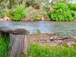 Relax on the Goulburn River