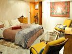 la chambre et le salon pour un confort incomparable