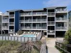 Reefs V D2 -  Oceanfront condo, open floor plan, community pool & beach access