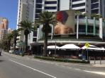 Great dining and cafes along Surf Parade, a very easy walking distance away