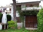 Casa con piscina en Costa Brava con jardin privado