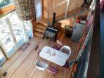 El living comerdor desde el balcón en planta alta