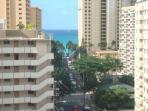 3 minutes to Waikiki Beach