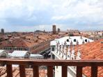 Views Altana Albachiara Rialto Bridge and panorama of the city