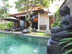 VILLA LEGONG. 2 BDRM POOL CENTRAL CLOSE TO BEACH.