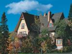 Mont Tremblant 2 Bedroom-2 Bathroom House (Le Plateau | 226-1)