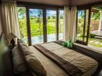 Privacy in Tropical Nature & Luxury... 6-BR Villa
