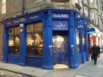 An Edinburgh legendary pub at the bottom of the road