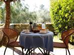 Apartment 'IOLI'. The private Garden