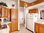 #137 COTTONWOOD $160.00-$195.00 BASED ON DATES AND NUMBER OF NIGHTS + Processing fee, Cleaning fee, SDI and 9% county tax.
