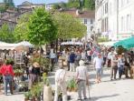 Street market in Aubeterre-sur-Dronne
