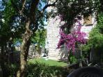 Villa Birimisa - garden entrance