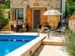 Villa with pool for rent in Supetar, island of Brac
