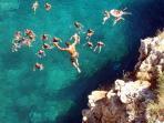 i tuffi dalla scogliera Adriatica