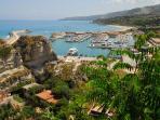 Tropea's port