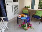 Veranda esterna, che dà accesso al soggiorno