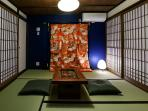 The 'Shôji' paper doors let the light come through but keep the room warm.