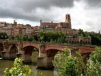 Albi, the hometown of Toulouse Lautrec, is only 25 mins away