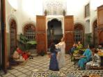 Initiation aux danses marocaines